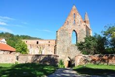 修道院废墟,村庄- Dolni Kounice,波尔塔Coeli,捷克,欧洲 库存照片