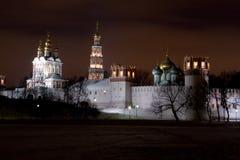 修道院晚上novodevichiy风景 免版税图库摄影