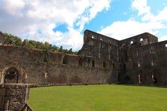 修道院比利时la vallonia ville villers 图库摄影