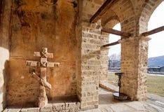 修道院的老石墙 库存图片