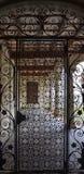 修道院的门 库存照片