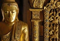 修道院缅甸salay雕象 库存图片