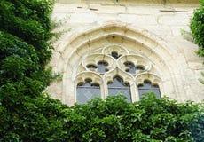 修道院视窗 免版税图库摄影