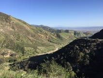 俯视内地帝国南加州的圣Bernadino山 免版税图库摄影