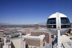 俯视的拉斯维加斯和云霄飞车弗累斯大转轮,内华达 免版税库存图片
