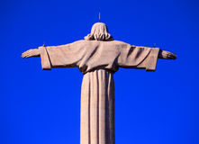 俯视里斯本,葡萄牙的耶稣基督纪念碑 库存图片