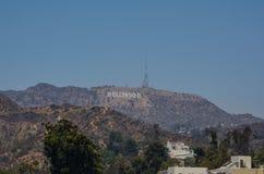 俯视洛杉矶的好莱坞标志 免版税库存图片
