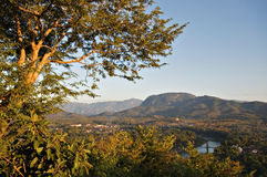 俯视Nam Khan河, Luang Prabang 库存图片