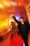 俱乐部夫妇跳舞晚上 免版税库存照片