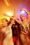 俱乐部跳舞晚上人 免版税图库摄影