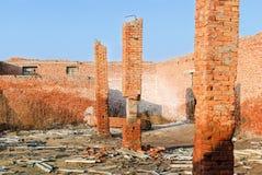 倒塌的砖 库存照片