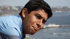 翻倒或创伤青少年的男孩 免版税库存照片