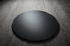 倒空文本食谱或肉菜单的黑板岩板 免版税库存照片