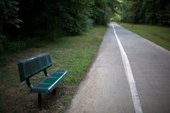 倒空足迹长凳 库存照片