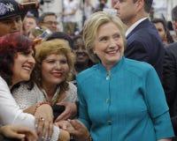 总统候选人希拉里・克林顿竞选在Oxnard,加州a 图库摄影