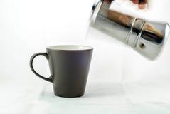倾吐的咖啡 免版税库存照片