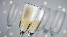 倾吐的香槟新年,慢动作 股票视频