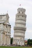倾斜比萨塔的意大利 免版税图库摄影