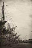 倾斜的木材船 免版税库存图片
