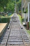 倾斜的铁路 免版税库存图片