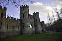 假城堡在有蓝天的巴恩城市 免版税图库摄影
