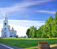 1158 1160年假定大教堂被修建的俄国夏天vladimir 免版税库存图片