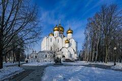 假定大教堂,雅罗斯拉夫尔市,金黄圆环,俄罗斯 库存照片