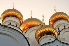 假定教会在雅罗斯拉夫尔市,俄罗斯 免版税库存图片