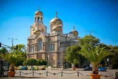 假定的大教堂在瓦尔纳,保加利亚。 免版税库存图片