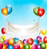 假日与五颜六色的气球和五彩纸屑的生日横幅 免版税库存图片