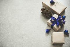 假日圣诞节食物背景、利器、板材和圣诞节 库存照片