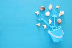 假期和夏天图象与海洋生活称呼对象和海滩玩具孩子的 库存图片