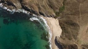 偏僻的海滩天线图象 库存图片