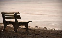 偏僻的长凳 库存照片