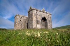 偏僻寺院城堡,苏格兰边区 库存照片