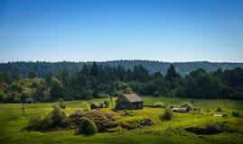 偏僻的村庄房子 免版税库存图片