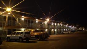 偏僻的汽车旅馆在拉斯维加斯在晚上 影视素材