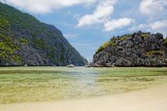 偏僻的海滩(El Nido,菲律宾) 库存图片