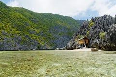 偏僻的海滩(El Nido,菲律宾) 图库摄影