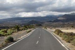 偏僻的路 免版税图库摄影