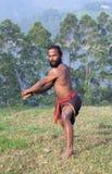做与剑的印地安战斗机锻炼 免版税库存图片