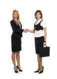 做二个年轻人的女实业家交易 免版税库存照片
