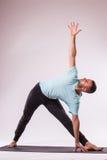 做人瑜伽 免版税库存照片