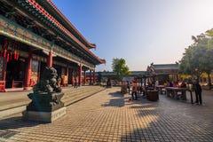 做优点在Yuanxuon道士寺庙 图库摄影