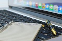 做名单概念,写案件名单 库存照片