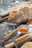 做在土气样式的面包,不同的种类小圆面包  库存照片