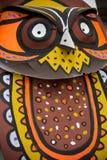 做在纸的五颜六色的猫头鹰面具 库存图片