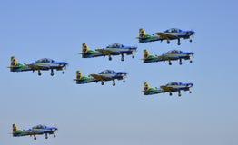 做在airshow的巴西烟分谴舰队特技飞行 库存照片