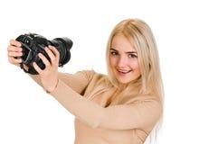 做她的自画象的女孩 免版税库存照片