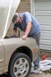 做它你自己汽车修理 免版税图库摄影